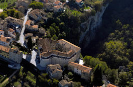 Pazin Cave and Castle