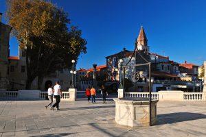 Zadar 5 bunara square