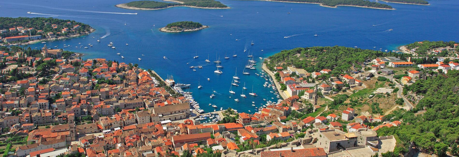Isola Hvar | Adria Camps