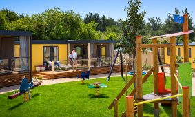 Mobile home Bella Vista Premium Family – playground