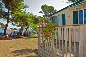 Camping Arena Medulin mobile homes close to the sea terrace view | AdriaCamps