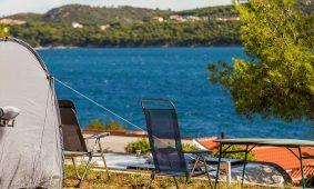 Kamp Belvedere Vranjica s pogledom na more | AdriaCamps