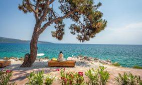Kamp Jezevac otvoren pogled na more | AdriaCamps
