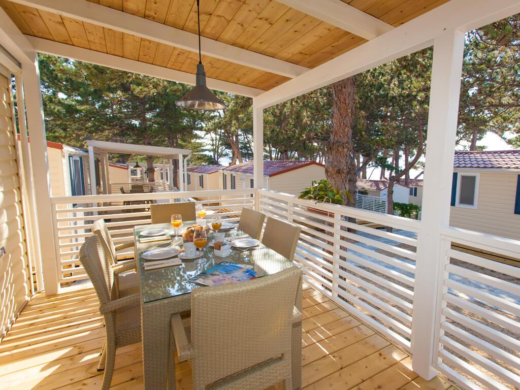 je evac premium camping resort by valamar island of krk. Black Bedroom Furniture Sets. Home Design Ideas