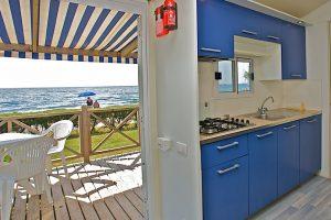 Camping Kazela stacaravan uitzicht op zee