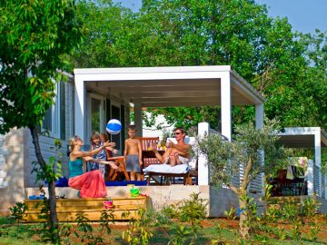 Camping Lanterna premium mobile homes | Adria Camps