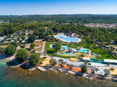 Campsite Polari new Spray park and pool air view | AdriaCamps