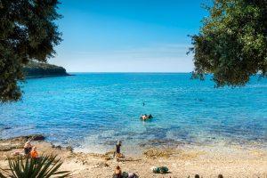 Camping Porto Sole pebble and rocky beach