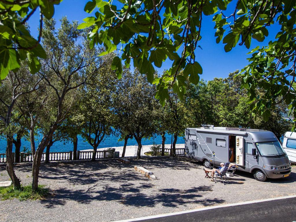 campingplatz selce selce kroatien adriacamps. Black Bedroom Furniture Sets. Home Design Ideas