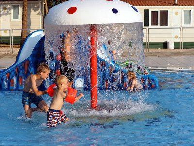 Campeggio Strasko piscina per i bambini | AdriaCamps