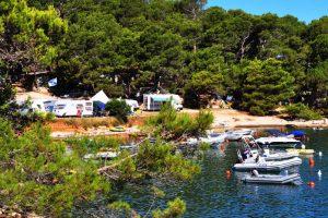 Standard A – zone sea - Campingplatz Arena Tašalera