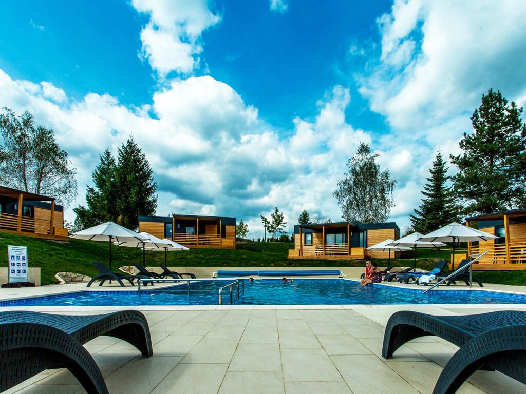 Camping Turist Grabovac mobile homes pool