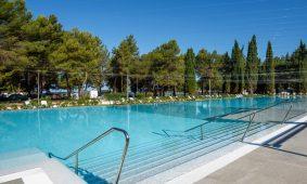 Kamp Valkanela novi bazen