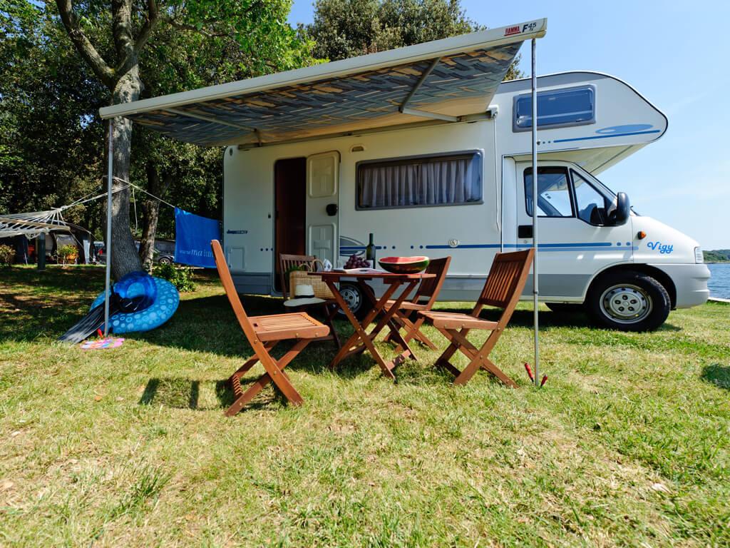 camping valkanela adriacamps. Black Bedroom Furniture Sets. Home Design Ideas