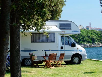 Camping Valkanela pitches by the sea city view