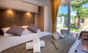 Kamp Zablace, Vela Bay Premium mobilna kucica, interijer | AdriaCamps