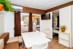 Camping Zaton Holiday Resort Premium mobile homes l ing room