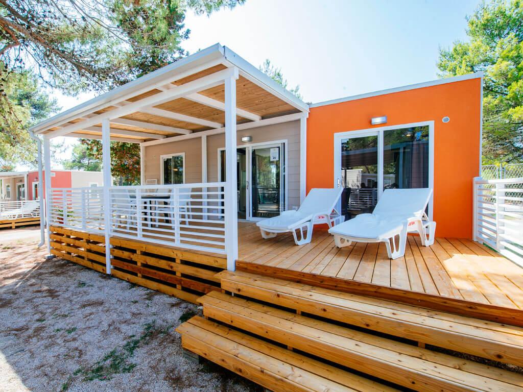 campingplatz zaton holiday resort zadar dalmatien. Black Bedroom Furniture Sets. Home Design Ideas