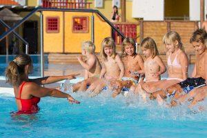 Campeggio CampingIN Park Umag scuola di nuoto | AdriaCamps