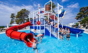 Kamp Zaton Holiday Resort novi bazen i vodene atrakcije | AdriaCamps