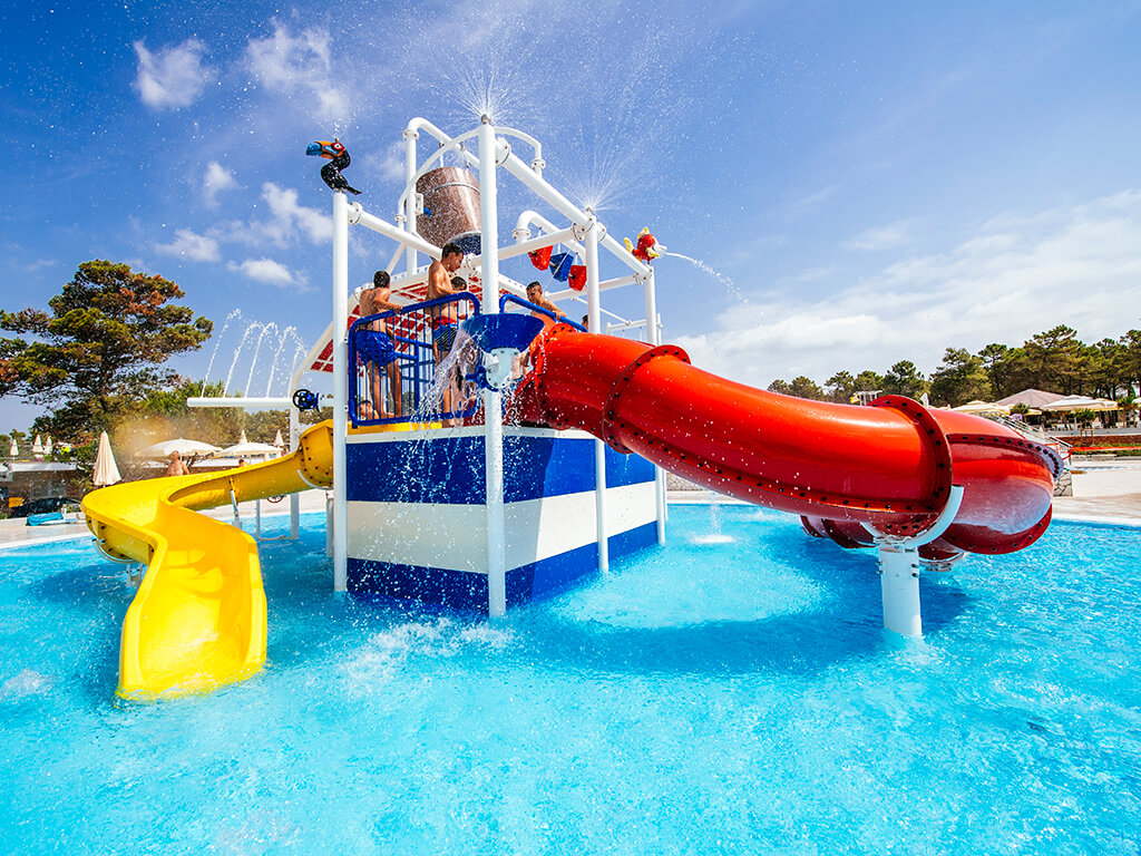 Campsite Zaton Holiday Resort new pool attractions | AdriaCamps