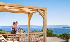 Bella Vista Premium – garden terrace - Kamp Resort Krk