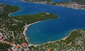 Campsite Jezera Village