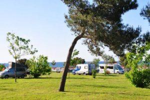 Premium – naturist - Campingplatz Arena Kažela
