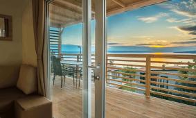 Stacaravan Mediteran Comfort Seaview