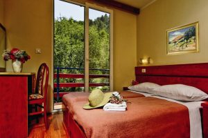 Standard Room with extra bed - Campeggio Medveja