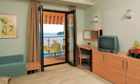 Superior twin room with extra bed - Kamp Porto Sole