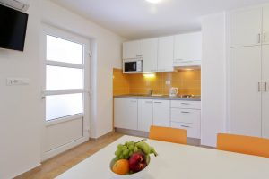 Apartment 1/2 + 2 with balcony - Camping Rapoća