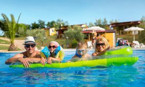 Aminess-Mareda-Campsite-mobile-homes-pool