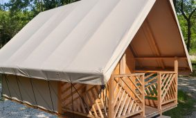 Camping-Polidor-Glamping-room-exterior