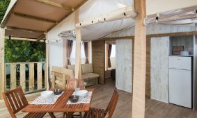 Camping-Polidor-Glamping-tent-terrace