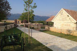 Campingplatz Zrmanja Village: Macanovi dvori | AdriaCamps
