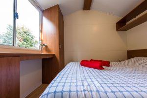 Campsite Tina Vrsar mobile homes bedroom interior | AdriaCamps