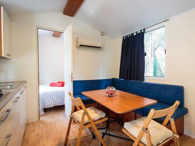 Campingplatz Tina Vrsar Mobilheime Innenraum | AdriaCamps