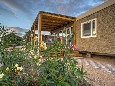 Campeggio Rehut, isola di Murter - Jade case mobili | AdriaCamps