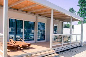 Campsite Strasko Mediteran mobile homes exterior | AdriaCamps