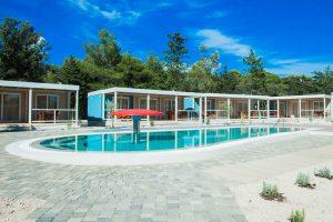 Campsite Strasko Mediteran Superior mobile home near the pool | AdriaCamps