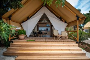 Premium three bedroom safari tent (4+2) - Stacaravans
