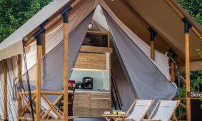 Glamping Premium three bedroom safari tent (4+2)