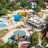 Nieuwe stacaravans, zwembaden, multifunctionele speeltuin in Lanterna Premium Camping Resort