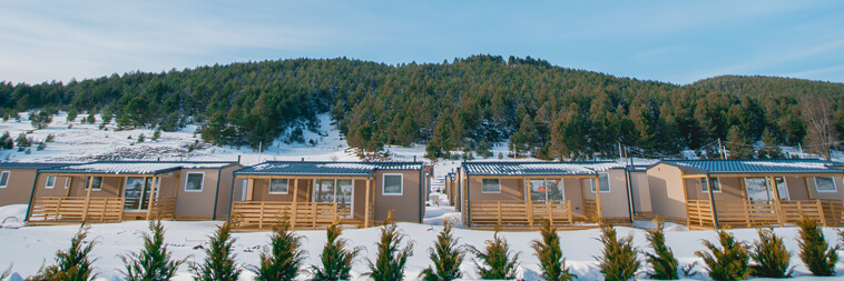 Big-Bear-Plitvice-Resort-mobile-homes-village-exterior-V