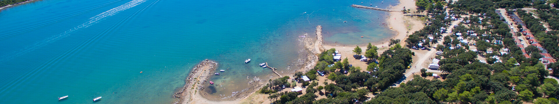 Nove tematske mobilne kućice uz more, renovirani sanitarni čvor i dodatne aktivnosti od 2020. u kampu Lopari!