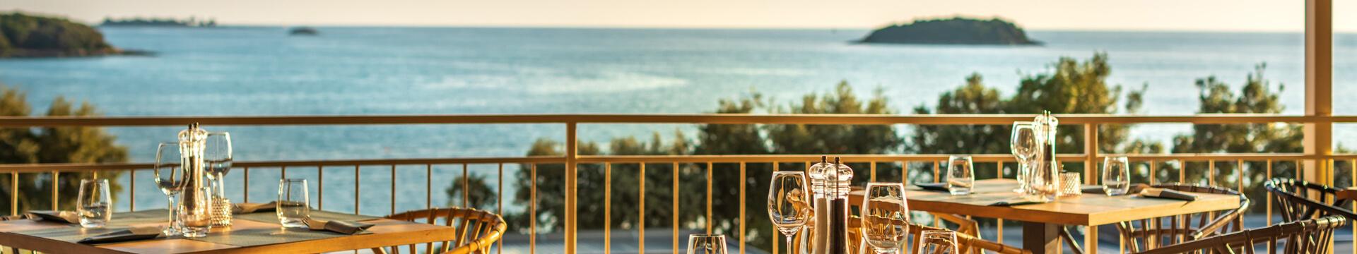 Neue thematische Mobilheime in den bereits vorhandenen Siedlungen, exklusive Villen mit Whirlpool und neue Glampingzelte sind die Neuheiten auf dem Istra Premium Camping Resort im Jahr 2020!